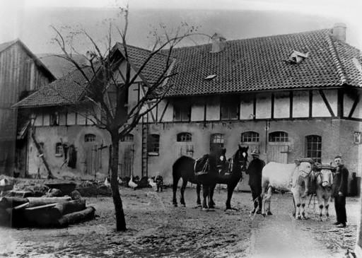 , hae_0287, Herbstaufnahme  auf den Hof von Korengel  , um 1926