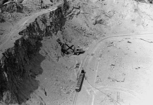, li_0097, Zementwerk 1950, um 1950