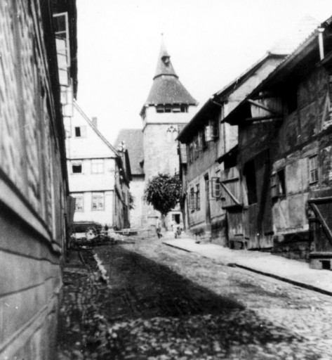 , li_0147, Stadtrundgang um 1930 An der Kirche, um 1930